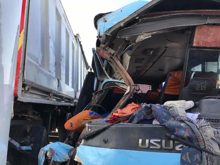 مصرع 2 وإصابة 15 في تصادم أتوبيسين بشبرا الخيمة