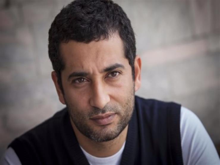 بالفيديو- عمرو سعد يستعرض مهاراته الكروية