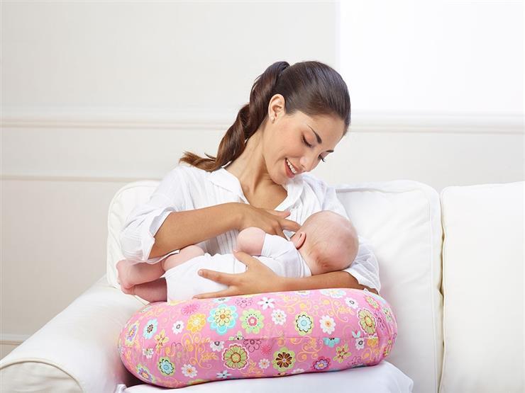 5 مشروبات طبيعية تساعد على زيادة حليب الأم