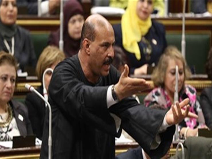 """نائب قنا لـ""""عبد العال"""":"""" اللي بيموت مش بنلاقي ميه نغسله"""""""