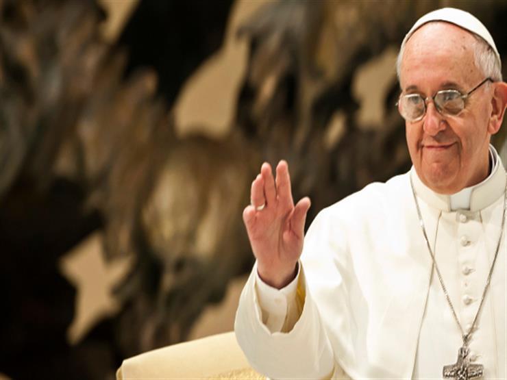 البابا فرانسيس يصل إلى مدينة زايد الرياضية في العاصمة الإماراتية أبوظبي