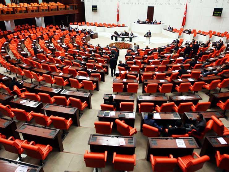البرلمان التركي يوافق على تفويض أردوغان لنشر قوات في ليبيا