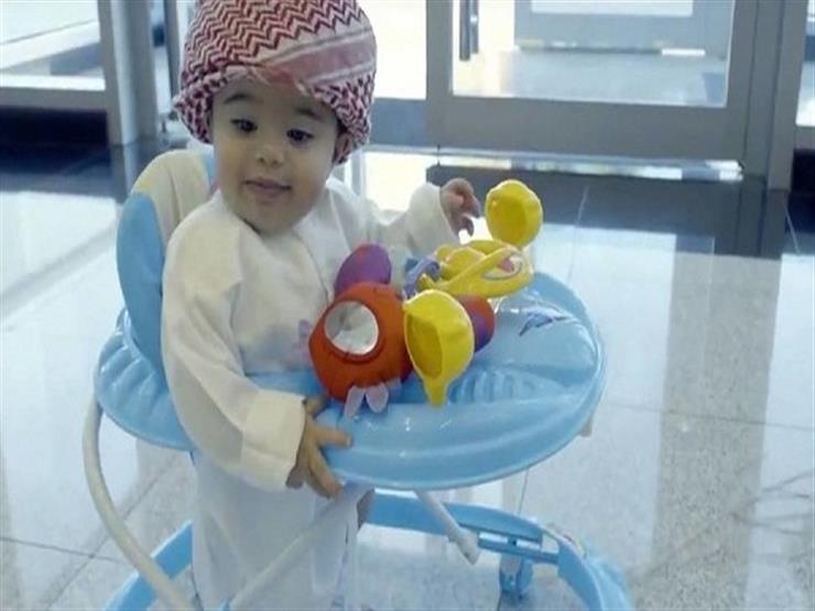 """حقيقة تعيين طفل عمره 8 أشهر موظفًا لـ""""السعادة"""" في الإمارات"""