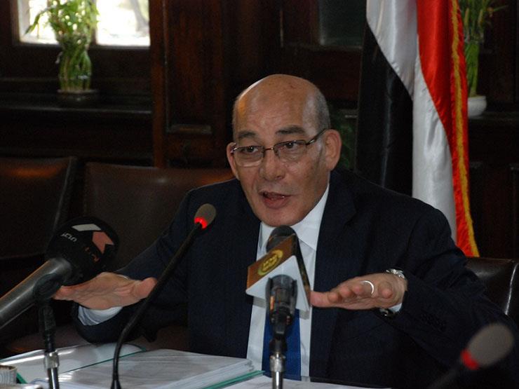 وزير الزراعة يفوض المحافظين باختصاصاته