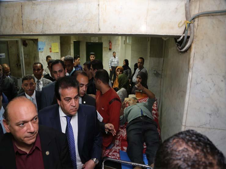 عبد الغفار  في زيارة مفاجئة لـ قصر العيني .. ويحيل الأطباء ...مصراوى