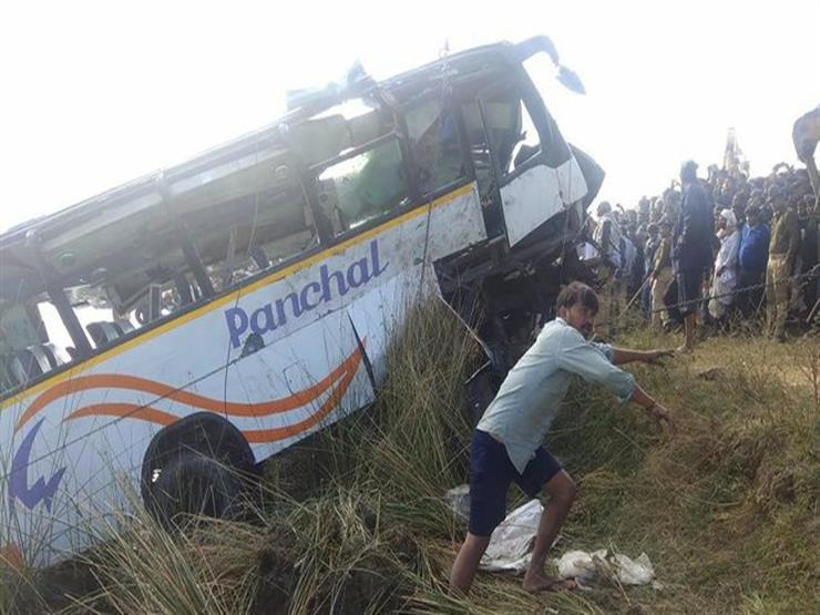 مقتل 9 أشخاص إثر سقوط حافلة في نهر برومانيا
