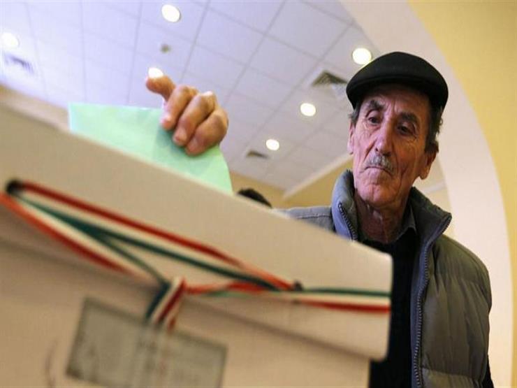 استمرار التصويت ببعض مراكز الاقتراع في المجر بسبب إقبال الناخبين