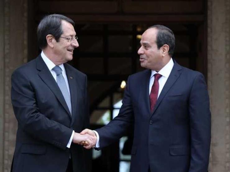 الرئيس السيسي يجرى مباحثات مع نظيره القبرصي بجزيرة كريت اليونانية