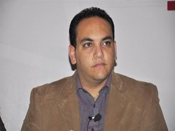 """حبس """"شادي الغزالي حرب"""" 15 يومًا بتهمة نشر أخبار كاذبة"""
