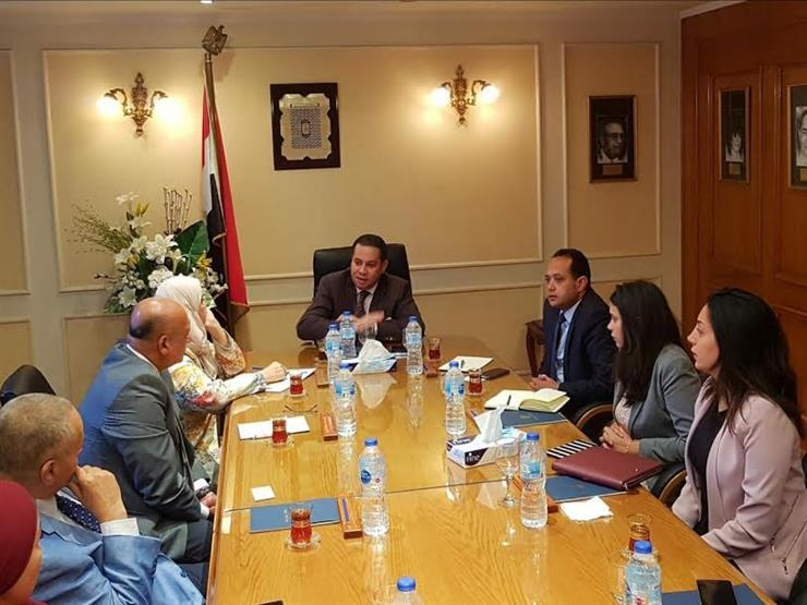 وزير قطاع الأعمال يطالب القابضة للسياحة بالتوسع في فنادق 3 و4 نجوم