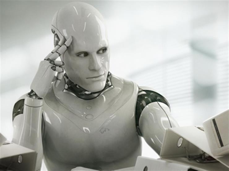 روبوت جديد في بريطانيا يستطيع الرسم مثل كبار الفنانين