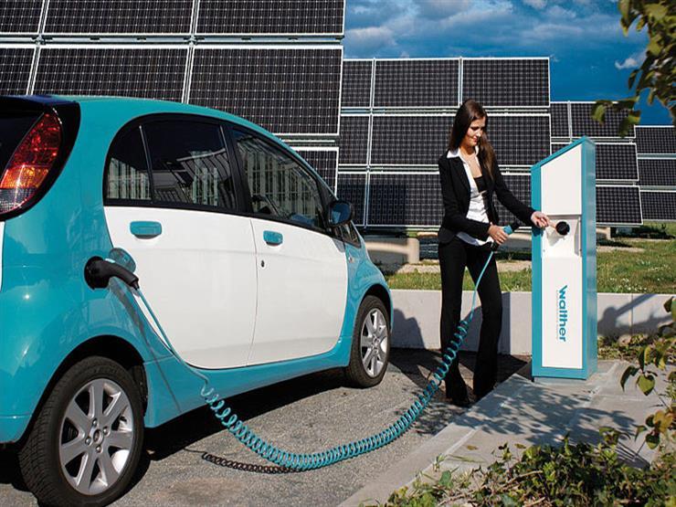 دراسة.. السيارات الكهربائية أكثر خطورة على البيئة من سيارات البنزين