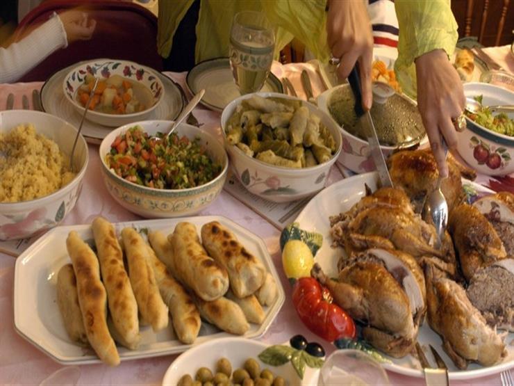 حكم الإفطار مع التكبيرة الأولى من أذان المغرب