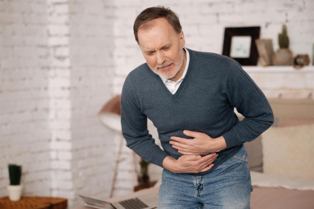 مضاعفات خطيرة لانسداد الأمعاء.. هذه أعراضه وطرق العلاج