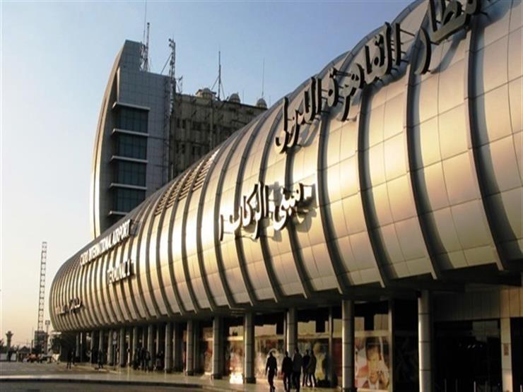 وزير الطيران يتفقد سير العمل في مطار شرم الشيخ...مصراوى