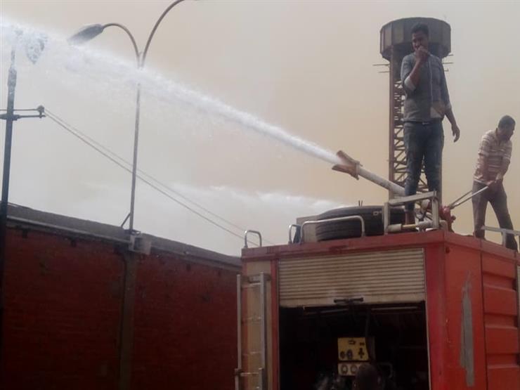 بـ9 سيارات إطفاء.. السيطرة على حريق داخل مخزن كتب في بالمنوفية