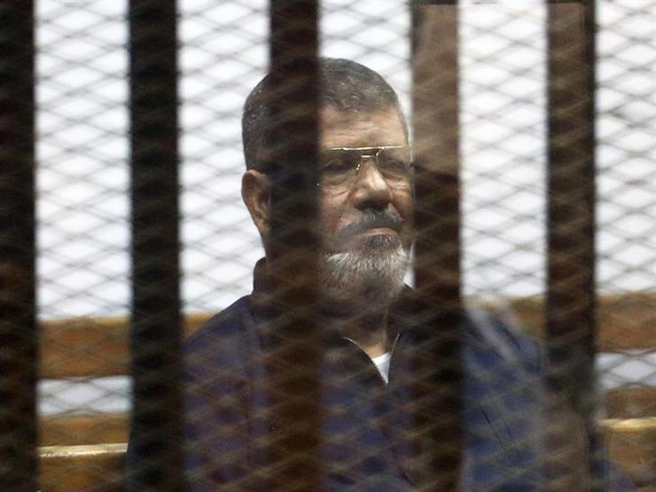 """تأجيل محاكمة مرسى و28 آخرين بقضية """"اقتحام الحدود الشرقية"""" لـ 8يونيو"""