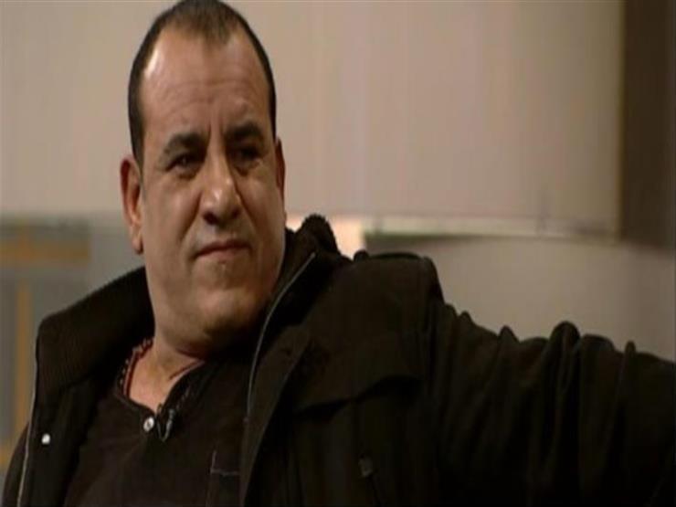 """محمد لطفي لـ""""هاني في الألغام"""": الثعالب هجمت على طعامي في رحلة سفاري"""