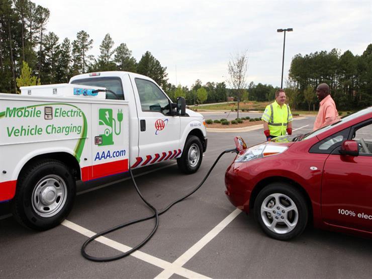 """""""ريفولتا"""" تضع 4 شروطا أساسية لاستيراد السيارات الكهربائية المستعملة"""