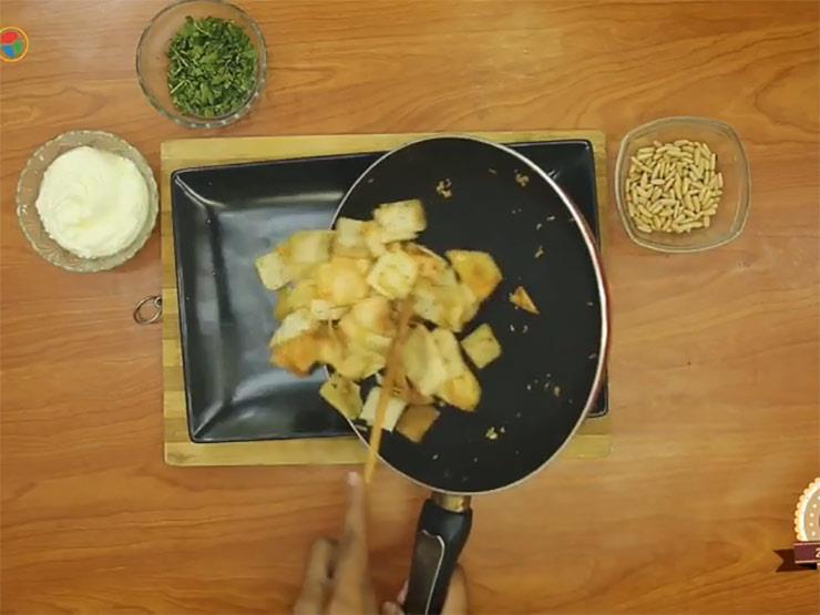 """""""طبخة ع السريع"""" (٢٨): """"طريقة عمل فتة لبناني"""""""