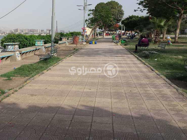 """""""كورنيش النيل"""" مُلتقى الميناوية في العيد.. والأهالي: ببلاش ومفيش غيره"""