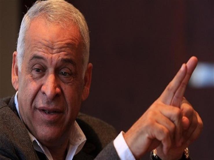 فرج عامر يناشد الجمهور والفنانين مغادرة فندق إقامة منتخب مصر...مصراوى
