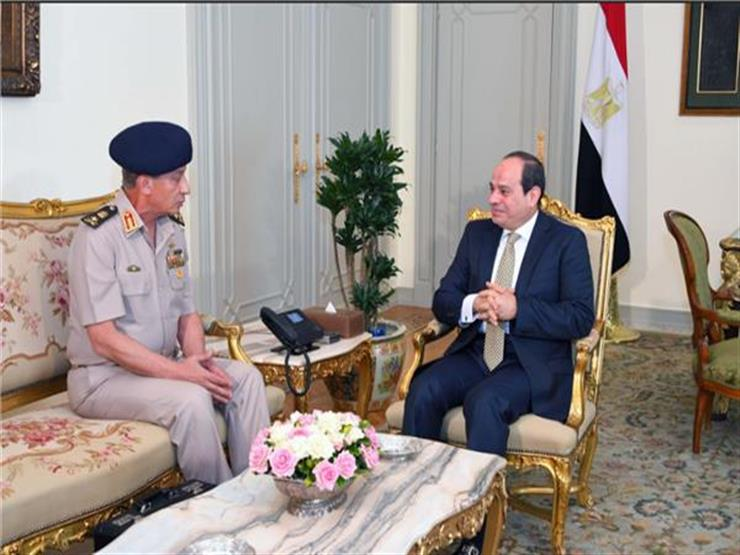 الرئيس السيسي يستقبل الفريق محمد زكي وزير الدفاع ...مصراوى