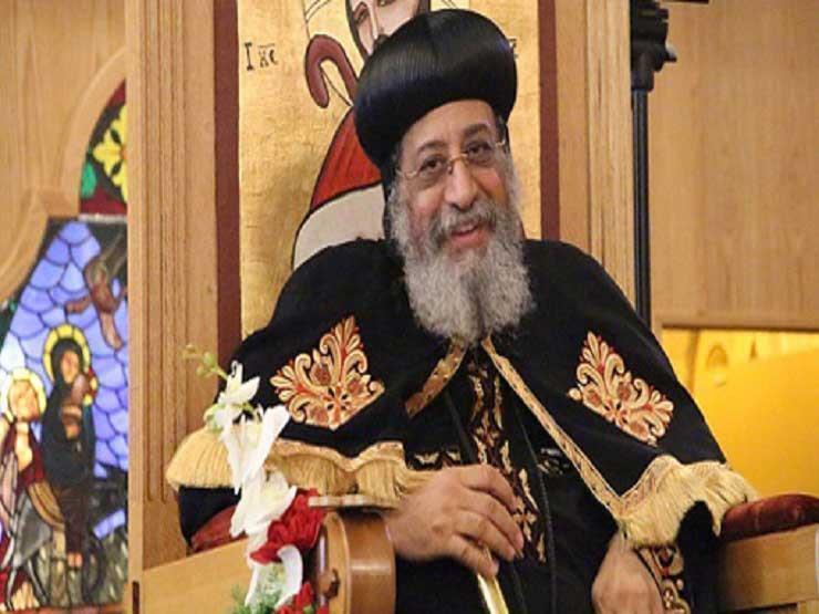 البابا تواضروس يغادر على رأس وفد إلى لبنان