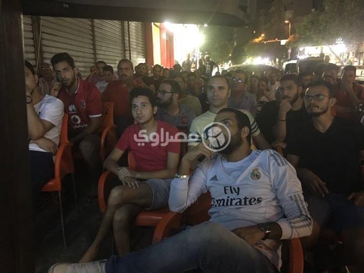 فيديو   التشجيع بالإشارة .. كيف تابع الصم مباراة مصر وروسيا؟...مصراوى