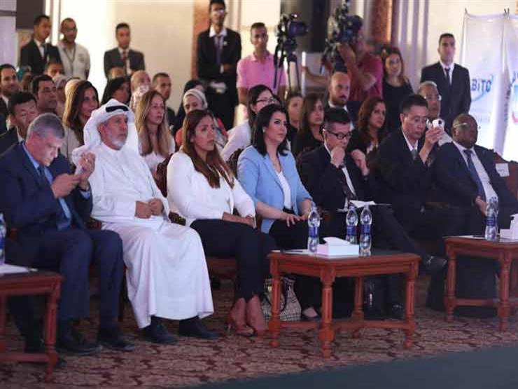 منى الشاذلي تحضر افتتاح الكلية المصرية – الصينية للتكنولوجيا...مصراوى
