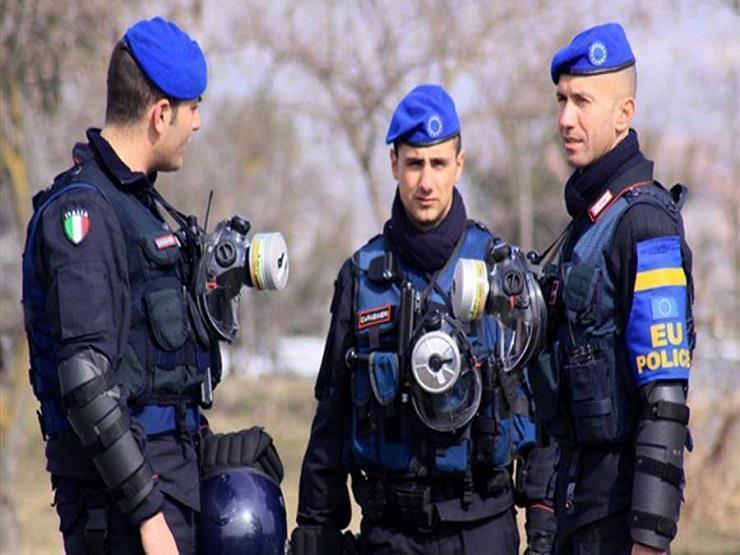 اعتقال شقيقين في إيطاليا على خلفية إطلاق نار بطريقة المافيا
