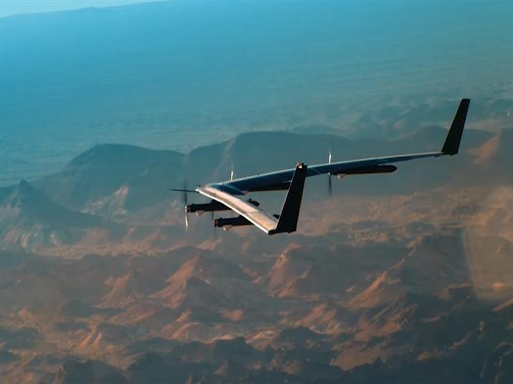 """""""فيسبوك"""" تتخلى عن مشروع طائرات بدون طيار لنقل الإنترنت"""