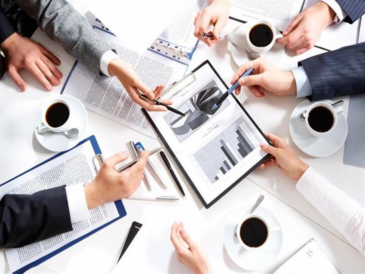 لهذه الأسباب..لا يجب أن يزيد عدد الموظفين في الاجتماع عن 8 أشخاص