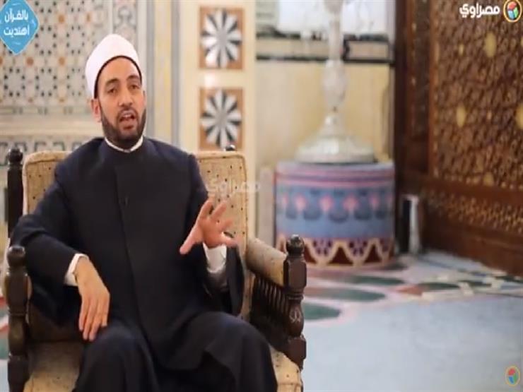"""الحلقة (٢٠) من """"بالقرآن اهتديت"""": ما حكم مشاهدة التلفزيون في رمضان؟"""