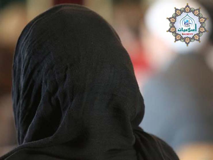 """حكم خروج المرأة المعتدة """"من مات زوجها"""" للمسجد لصلاة التراويح والتهجد؟"""