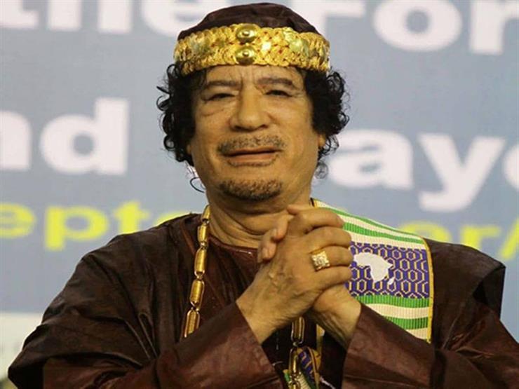 توفيق عكاشة يكشف محاولة القذافي شراء قنبلة ذرية من الصين