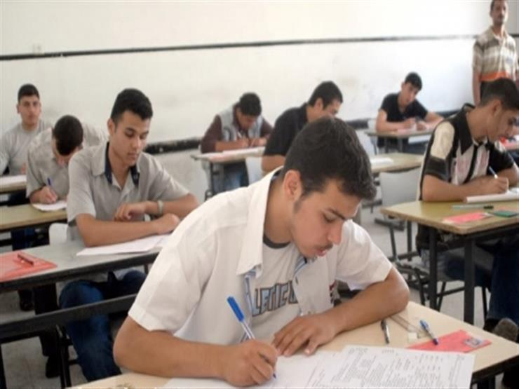 التعليم تعلن أوائل الثانوية العامة: 33 علمي و17 أدبي.. والقاهرة تتصدر