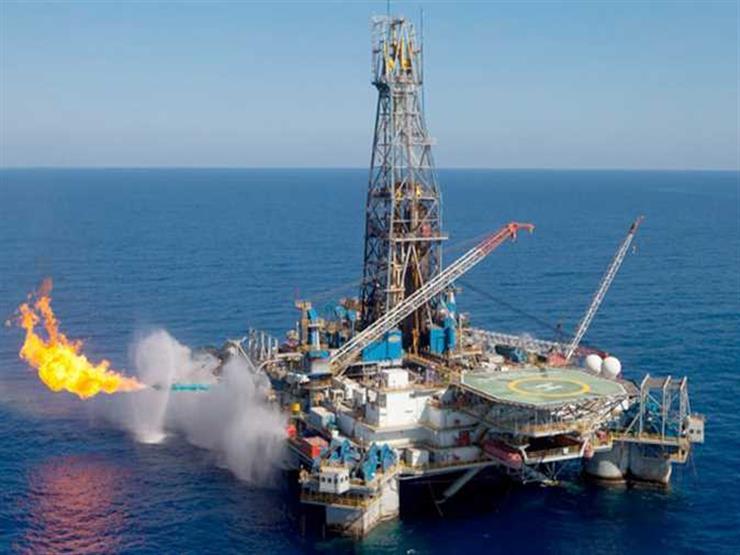 الوكالة الدولية: احتياطي إمدادات النفط العالمية ربما استنفد بالكامل