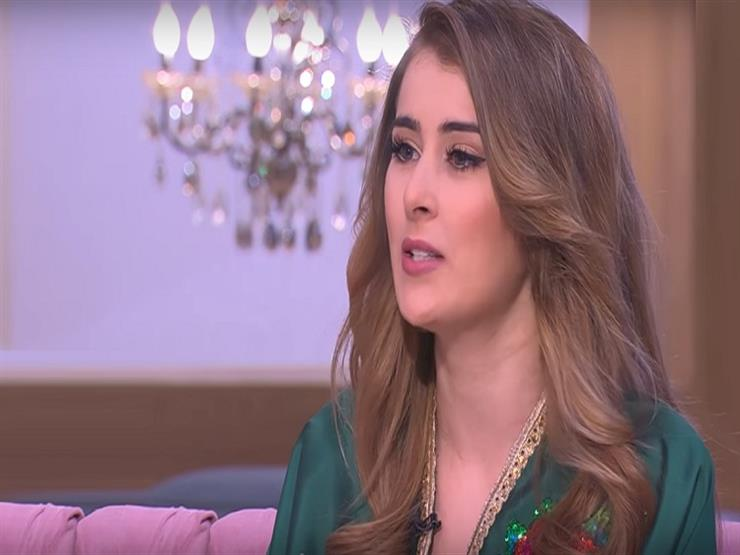 """عائشة بنت أحمد تكشف لـ""""معكم"""" حقيقة زواجها -فيديو"""