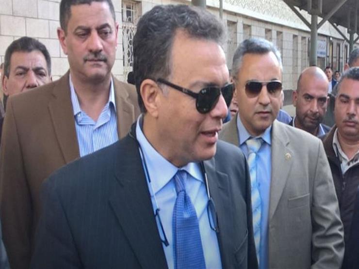 """وزير النقل عن حادث قطار البدرشين: """"الحمد لله إن مفيش وفيات"""" -فيديو"""