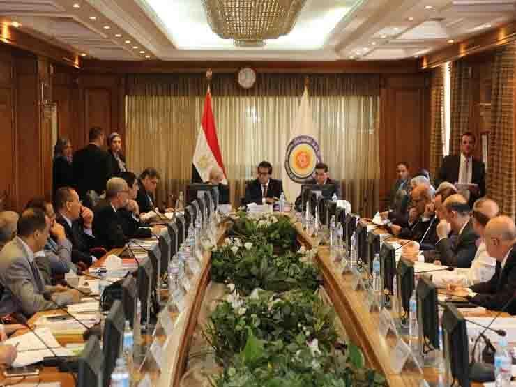 """وزير التعليم العالي: تخفيض الحد الأدني لطلاب شمال سيناء 2% بالتنسيق """"أقل واجب"""""""