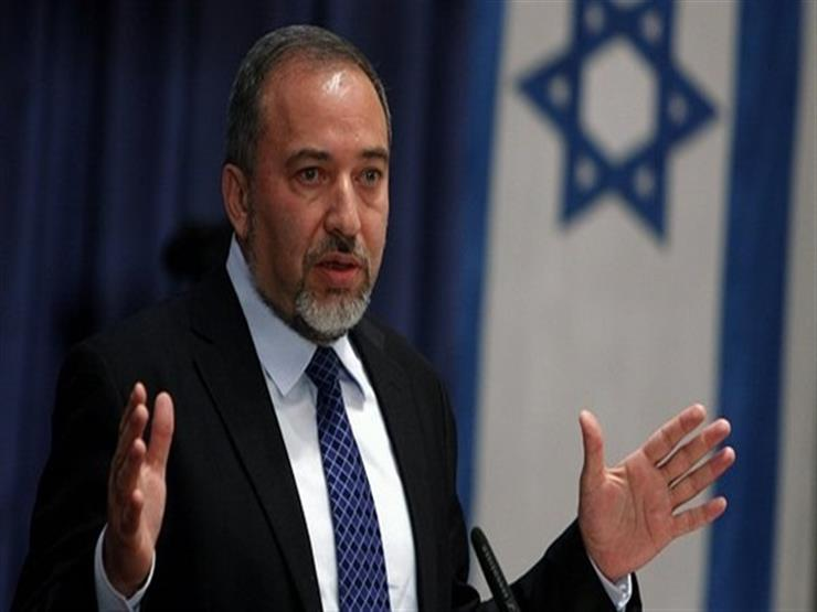 وزير الدفاع الإسرائيلي يقرر فتحا جزئيا لمعبر كرم أبو سالم مع قطاع غزة