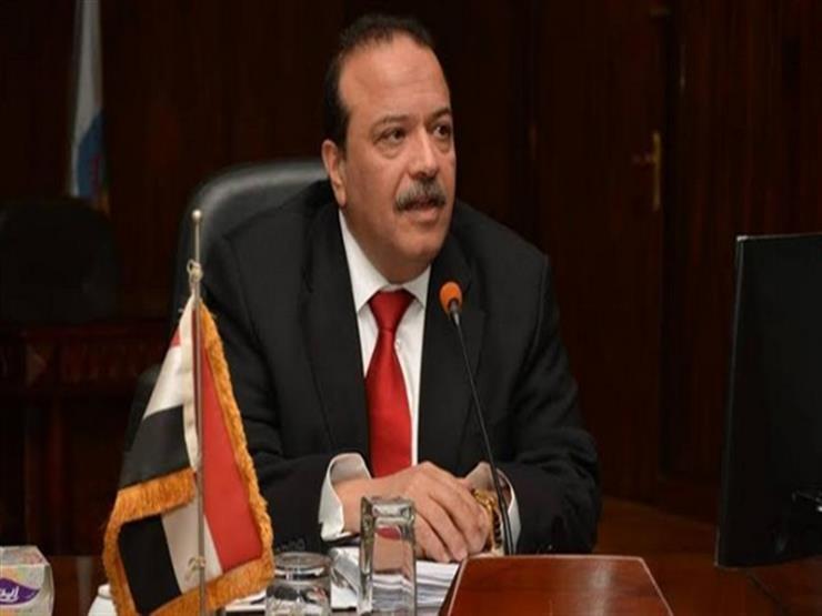 خلال اجتماع المجلس.. رئيس جامعة طنطا يتلقى خبر وفاة شقيقته