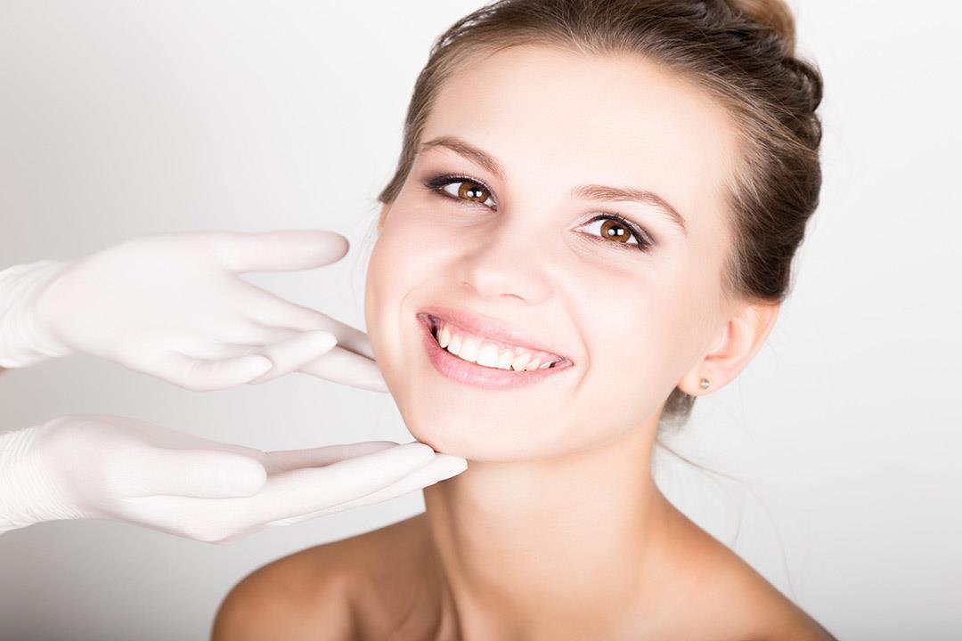 وسائل آمنة للتخلص من نحافة الوجه