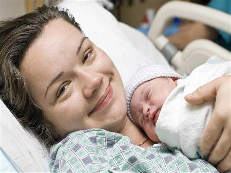 للأم.. 5 فيتامينات ضرورية لا غنى عنهم بعد الولادة