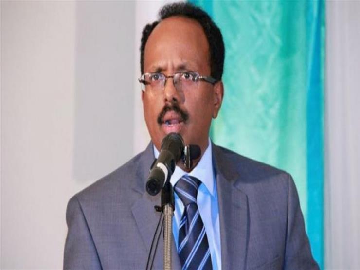 رئيس الصومال يبدأ زيارة لاريتريا سعيا لتطبيع العلاقات معها