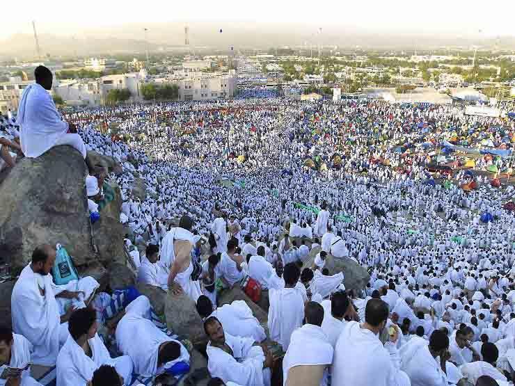 اليوم.. استلام تأشيرات الحج السياحي بالقنصلية السعودية