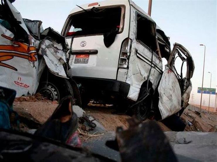 الصحة: مصرع 13 شخصًا في حادث مروري بالمنيا.. وفريق طبي لرعاي...مصراوى