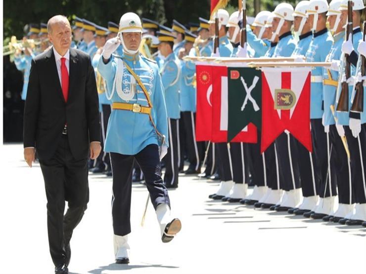 فاينانشال تايمز: أردوغان يحكم قبضته على الاقتصاد في تركيا...مصراوى