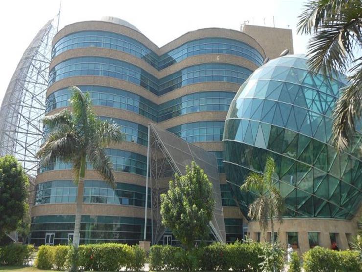 """أكاديمية البحث العلمي تناقش الجديد في علاج السرطان بـ""""مستشفى 57357"""""""